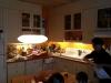Le plâtre a été enlevé dans la cuisine, un de nos deux petits îlots de la maison.