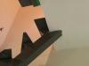 Jonction de la structure de métal de l'escalier avec le plancher du 2ème