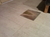 Coulis au sous-sol avec le couvercle du drain